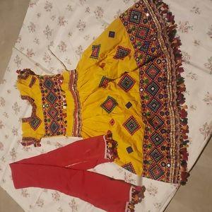 Size 4 to 6 years festive garbha lehanga